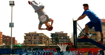Video Freestyle Basketball Slam Dunk Terbaik Dunia